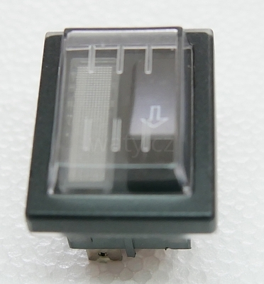Tlačítko odblokování (reset)    (C00850)